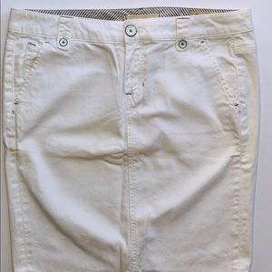 GAP White Jean Midi Skirt Women's Waist Size 28